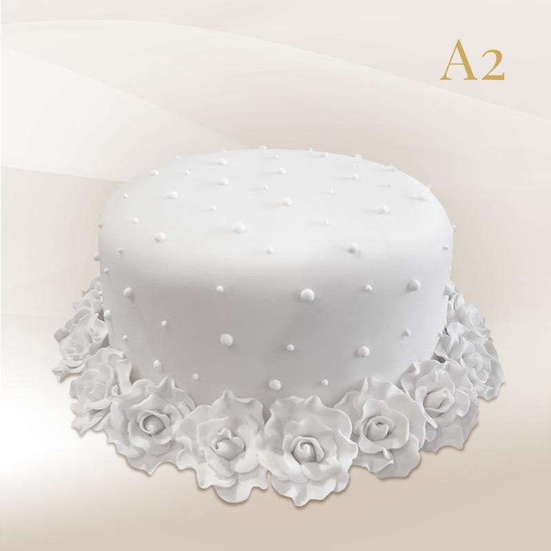 egyszintes esküvői torta EGYSZINTES ESKÜVŐI TORTÁK – Magda Cukrászda egyszintes esküvői torta
